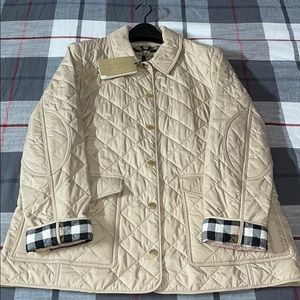 NEW Burberry Westbridge Quilted Jacket (LARGE)